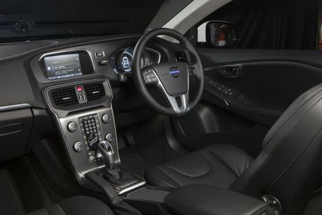 The Volvo V40 T4 Luxury.